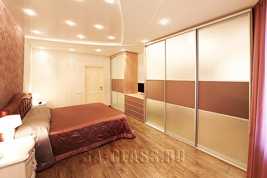 Шкаф-купе из мдф в спальню на заказ по индивидуальным размерам в Москве от мебельного ателье ААА-Классика