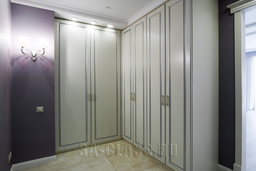 Купить шкаф-гардероб на заказ по индивидуальному проекту в Москве от мебельного ателье ААА-Классика