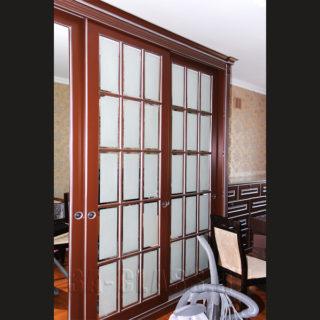 двери-купе на заказ из мдф с оригинальным механизмом открытия оть мебельного ателье ААА-Классика