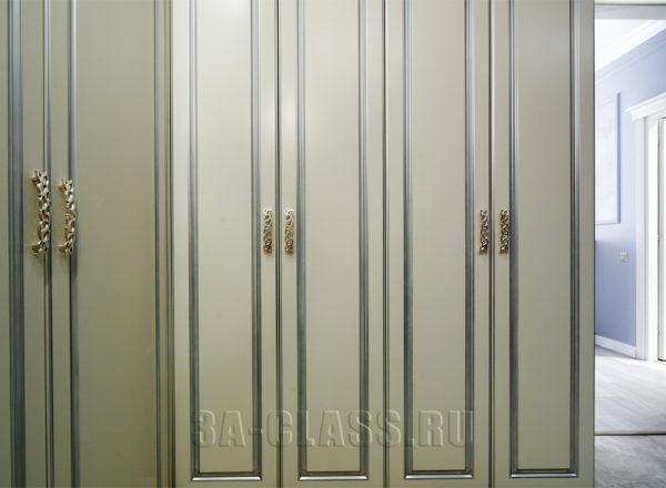Шкаф из МДФ на заказ с покрытием эмалью от мебельного ателье ААА-Классика
