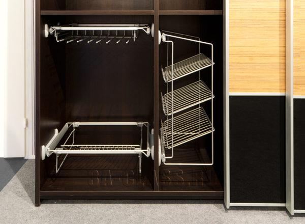 Шкаф-купе из ЛДСП Egger на заказ по индивидуальным размерам от мебельного ателье ААА-Классика
