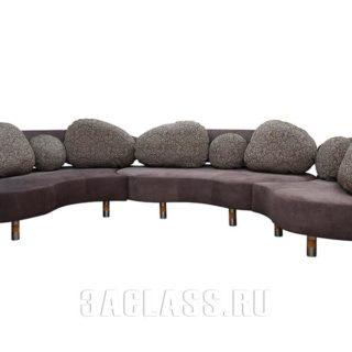 Широкий эркерный диван на заказ по индивидуальным проектам в Москве