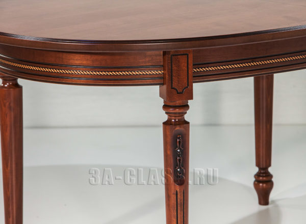 Декор овального стола романтика