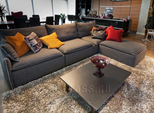 набор мягкой мебели для гостиной на заказ по индивидуальным размерам в Москве