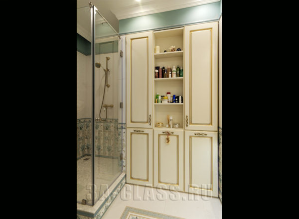 Мебель в ванной комнате с фурнитурой BLUM