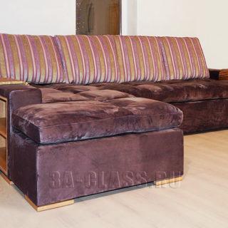 Оригинальный угловой диван Амстердам в полоску на заказ по индивидуальным проектам в Москве от мебельного ателье ААА-Классика
