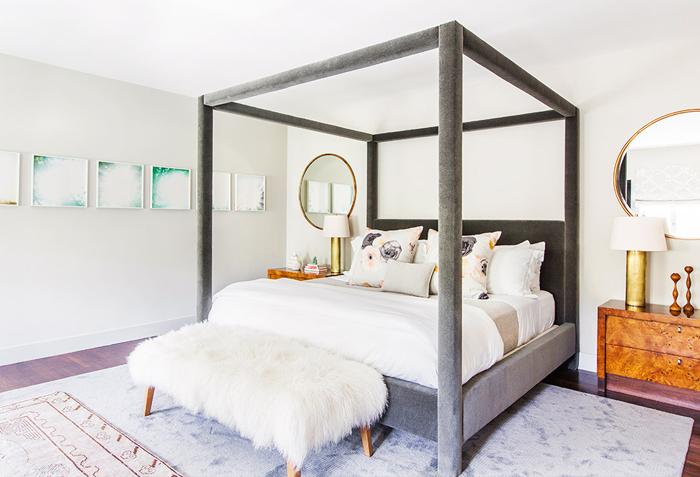 Бархатная кровать в интерьере