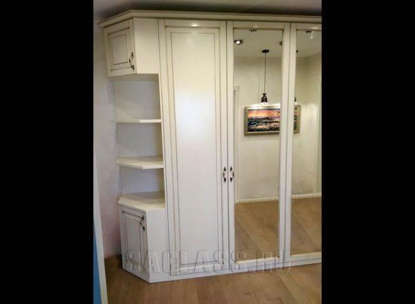 шкаф с угловыми полками