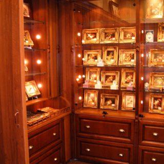Дизайнеская деревянная мебель в магазин