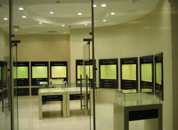 стеклянные витрины на заказ