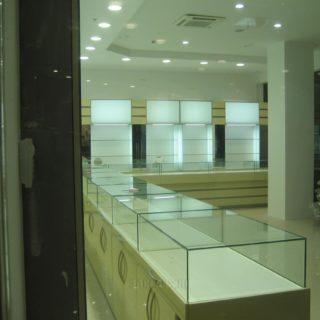 витрины в ювелирный магазин