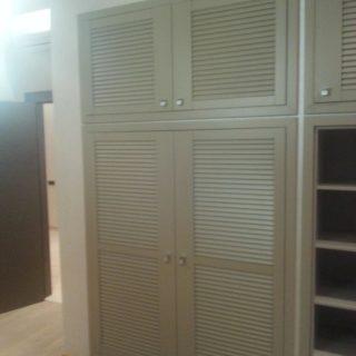 дизайнерский бежевый шкаф