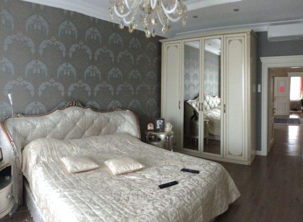 царская двуспальная кровать на заказ по индивидуальным размерам