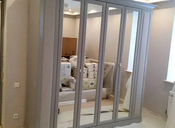 Современный шкаф Зеркальный шкаф на заказ
