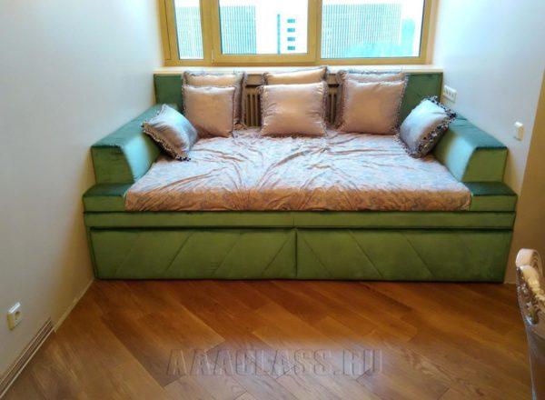 Оригинальный диван в нишу на заказ по индивидуальным размерам в Москве