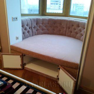 встроенный диван в нишу на заказ по индивидуальным размерам в Москве