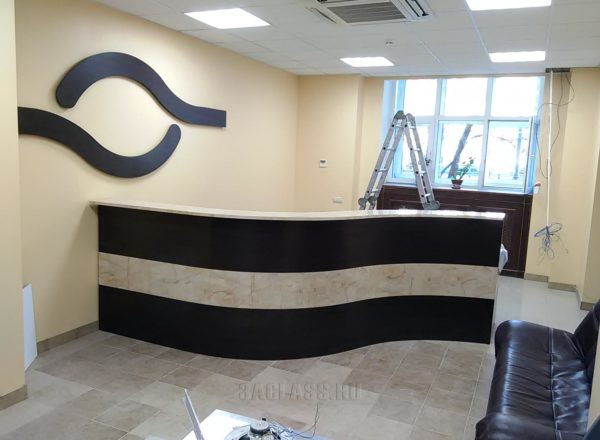стол ресепшн для офиса на заказ по индивидуальному размеру в Москве