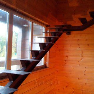 лестница в дом на заказ