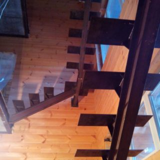 лестница в загородный дом
