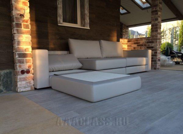 диван на заказ со съемными подушками на заказ по индивидуальным размерам в Москве