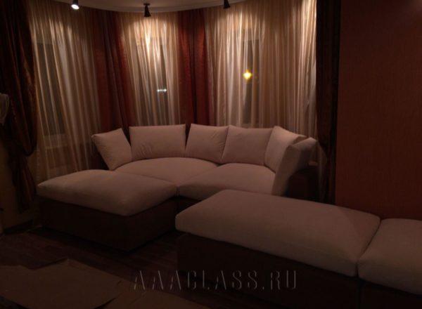 большой эркерный диван на заказ по индивидуальным размерам в Москве