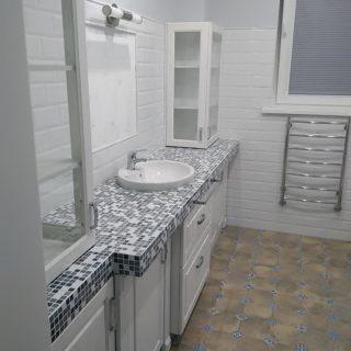 фартук в ванной