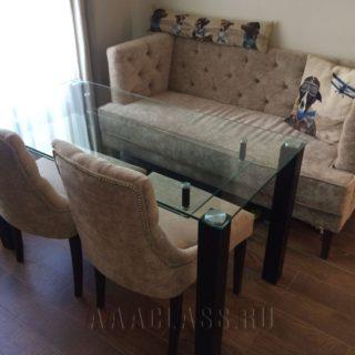 диван и стулья со стяжкой