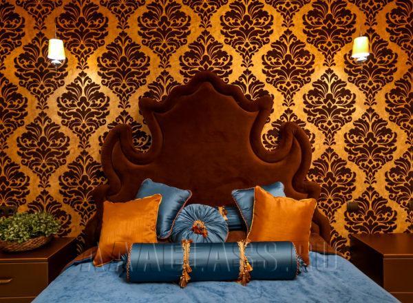 Красивая дорогая кровать