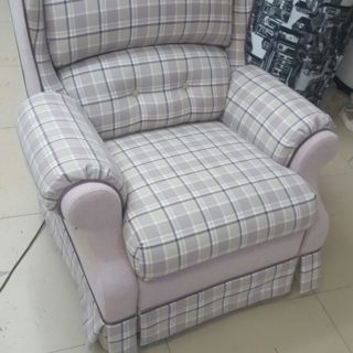 Изготовление кресла на заказ по индивидуальному размеру в мебельном ателье ААА-Классика