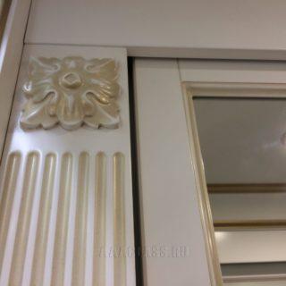 изготовление эксклюзивной гардеробной комнаты с системой дверей-купе на заказ: накладки из массива дуба от мебельного ателье ААА-Классика