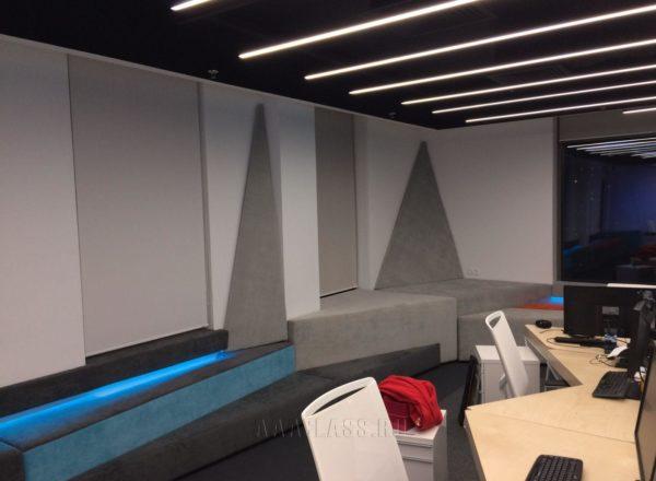 Велюровые мягкие стеновые панели на заказ от мебельного ателье ААА-Классика для офиса 1С-Битрикс