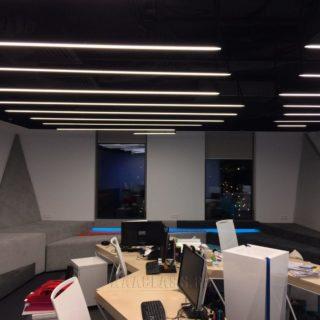 Мягкие велюровые стеновые панели на заказ в Москве от мебельного ателье ААА-Классика для офиса компании 1С-Битрикс