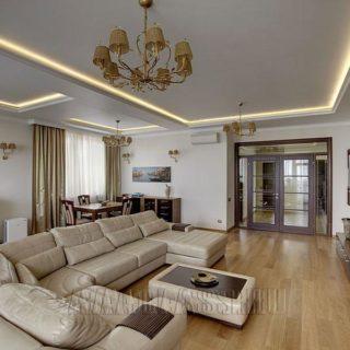Угловой диван на заказ в белой коже по индивидуальным размерам сделано в мебельной мастерской ААА-Классика