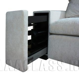 диван с библиотекой в локотнике на заказ по индивидуальным проектам