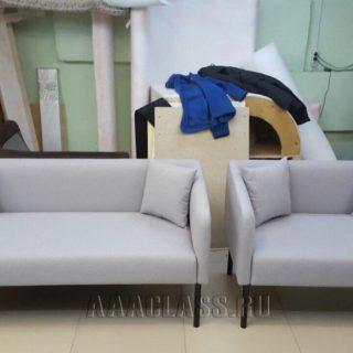 Мини диван в прихожую на заказ в белом цвете по индивидуальным размерам