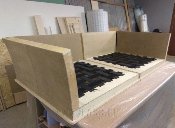 каркас дивана ника выполнен по индивидуальному заказу в мебельной мастерской ААА-Классика