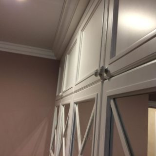 платяной шкаф в детскую комнату из крашеного матового МДФ