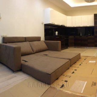компактный диван на заказ со спальным местом для небольшой квартиры