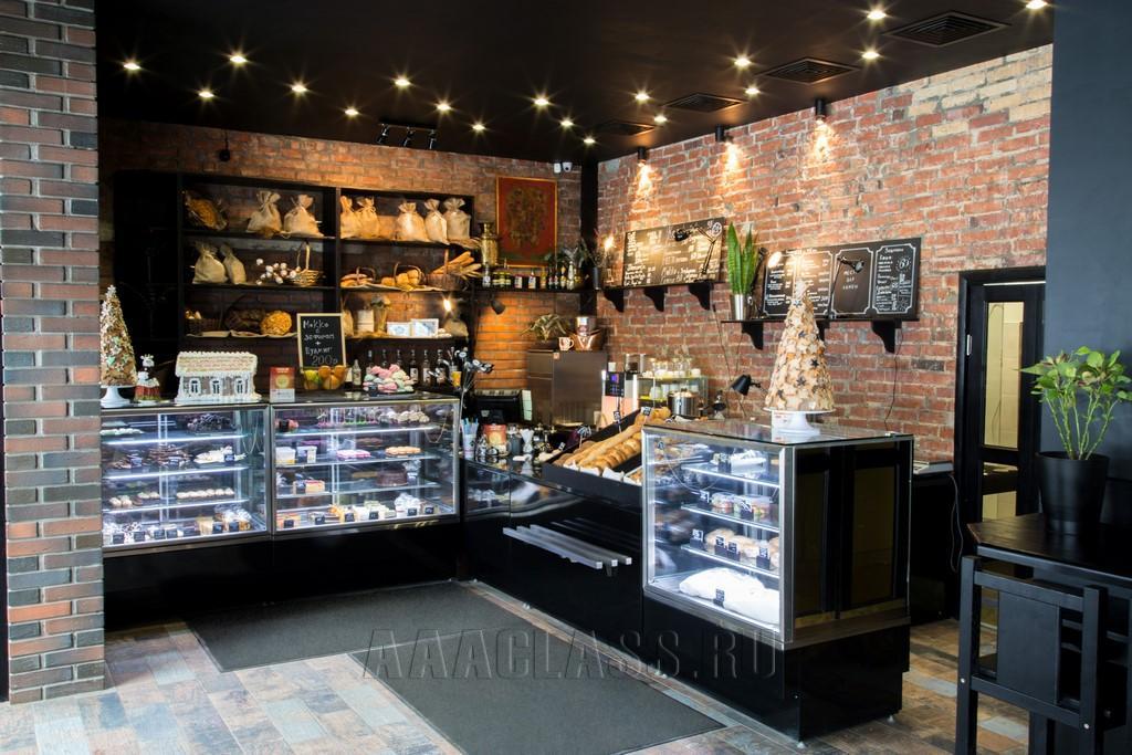 изготовление торговой мебели на заказ: мебель для кондитерской от мебельного ателье ААА Классика в Москве