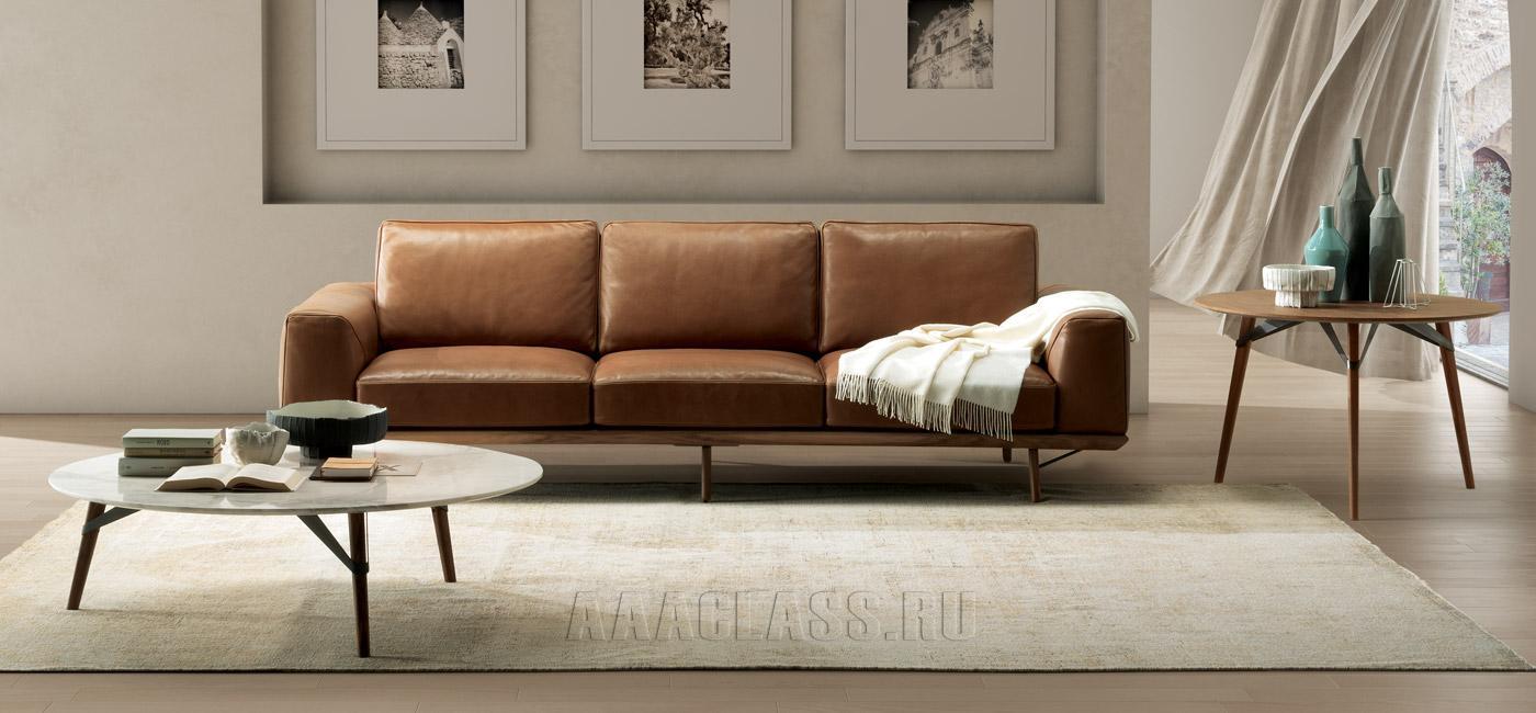 3-х местный кожаный диван фото в интерьере