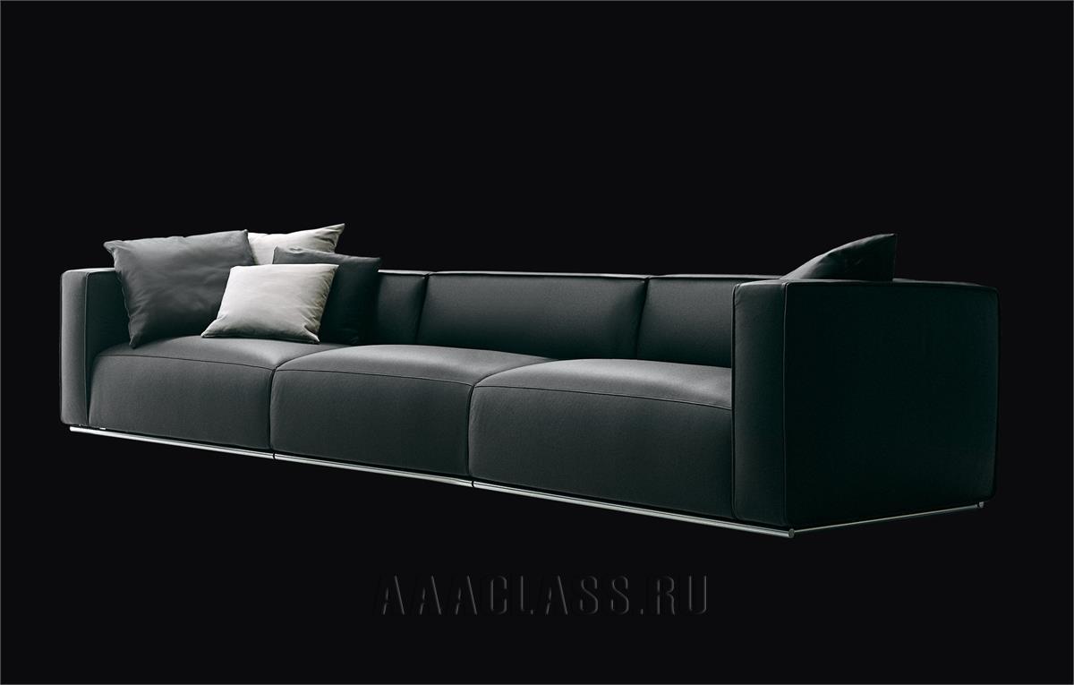 кожаный большой диван итальянского производства