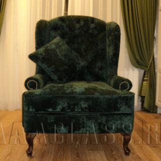 английское каминное кресло